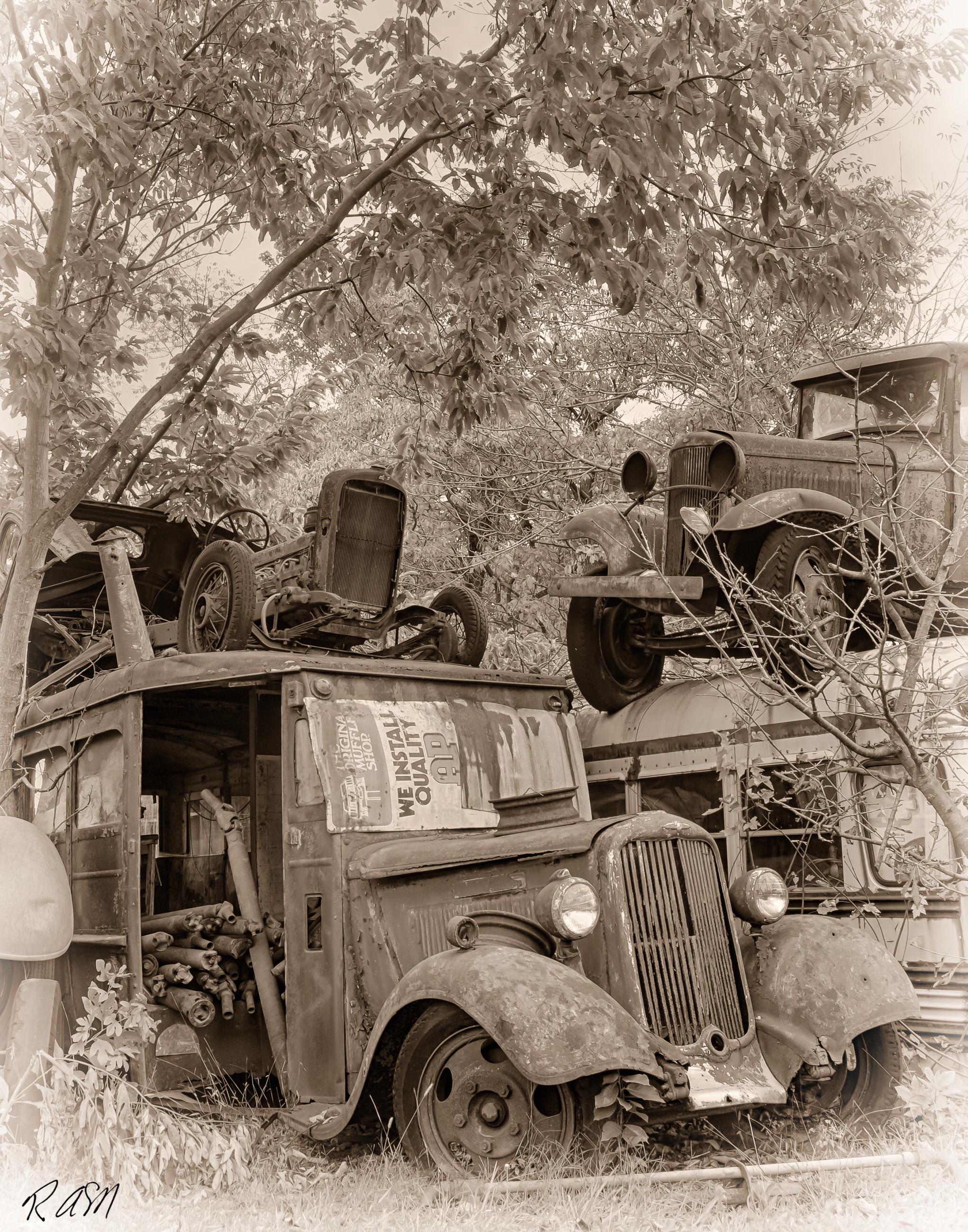 Abandoned-Cars-3