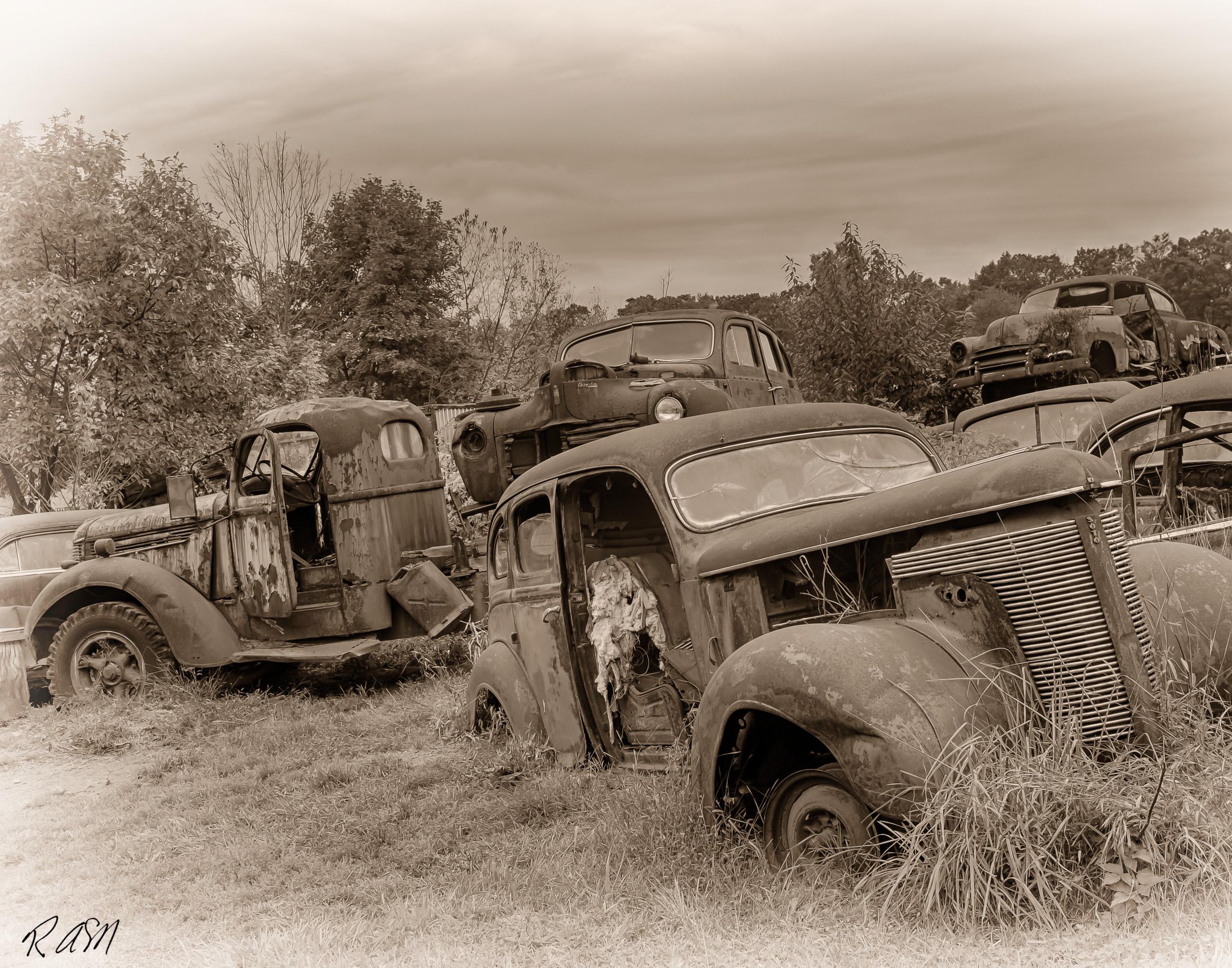 Abandoned-Cars-5