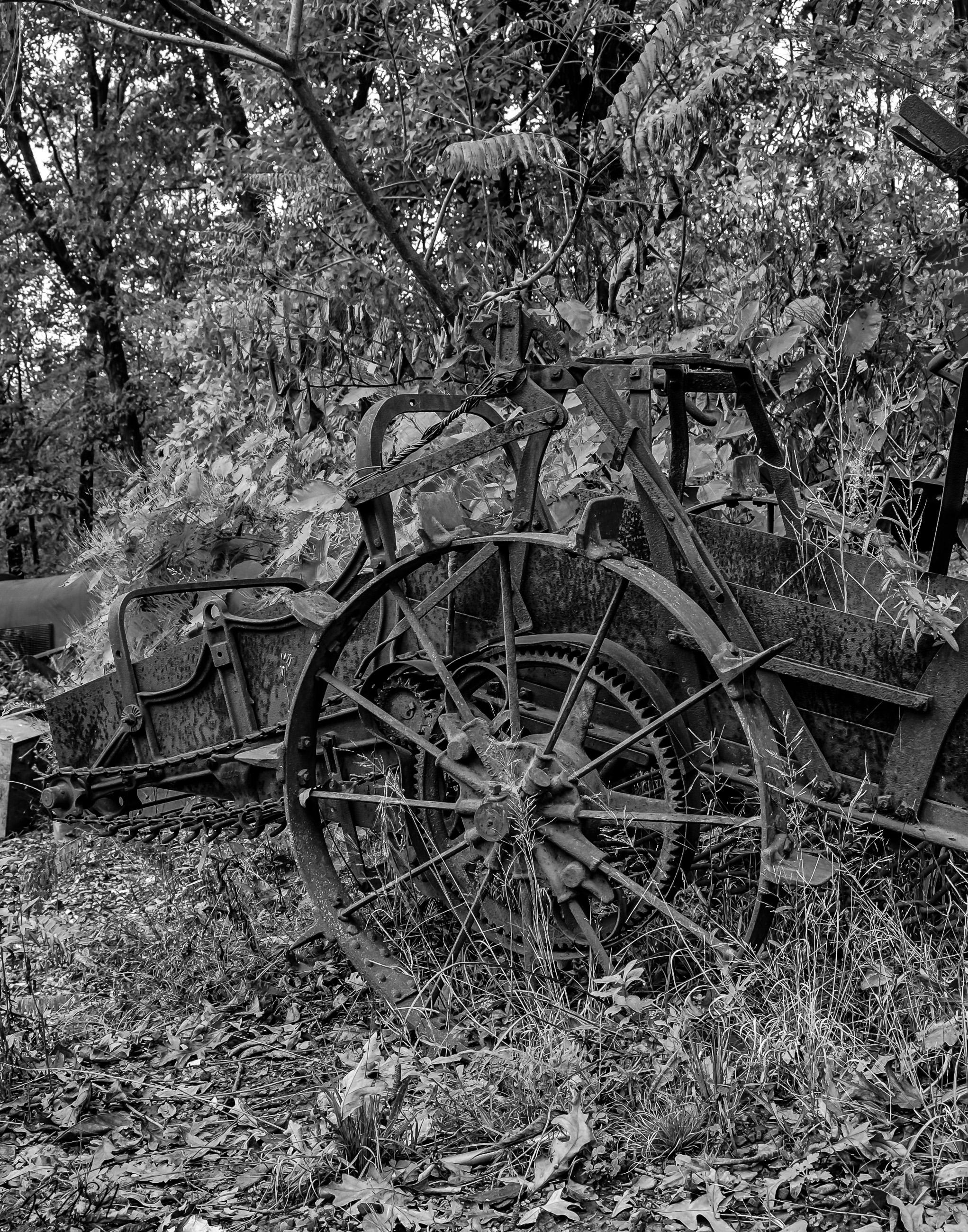 Abandoned-Farm-Equipment-1